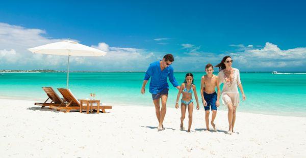 family-on-beach_600